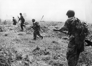 rom comSoldiers advancing on Vietnamese positions