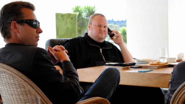 Kim Dotcom at table