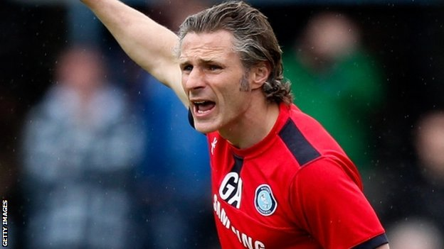 Wycombe manager Gareth Ainsworth