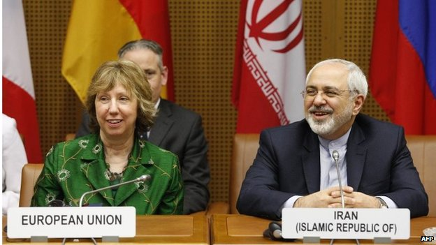 Catherine Ashton (left) and Javad Mohammad Zarif (08/04/14)