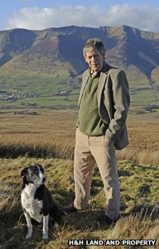 Lord Lonsdale stands in front of Blencathra