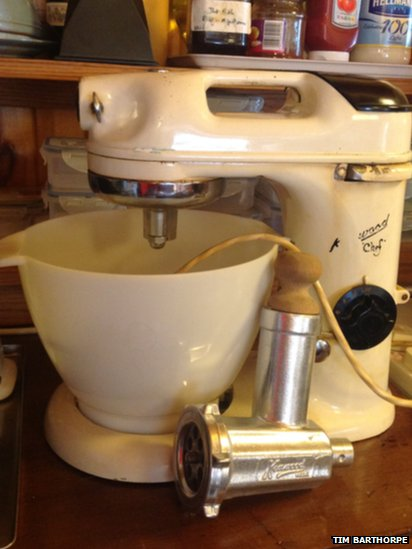Model 700D Kenwood Chef