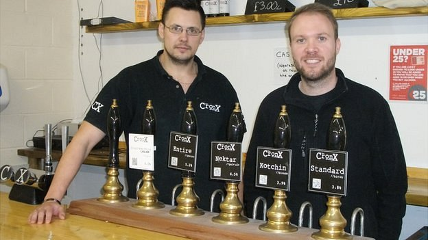 Mark Russell and Simon Dale behind the bar at the Cronx brewery
