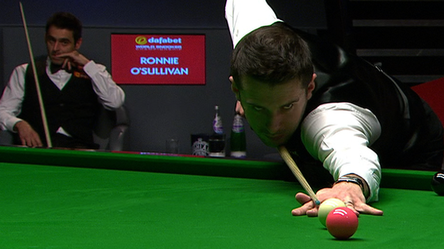 O'Sullivan slip hands Selby final lead