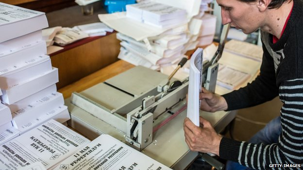 Preparing referendum ballots in Donetsk, Ukraine, on 7 May 2014