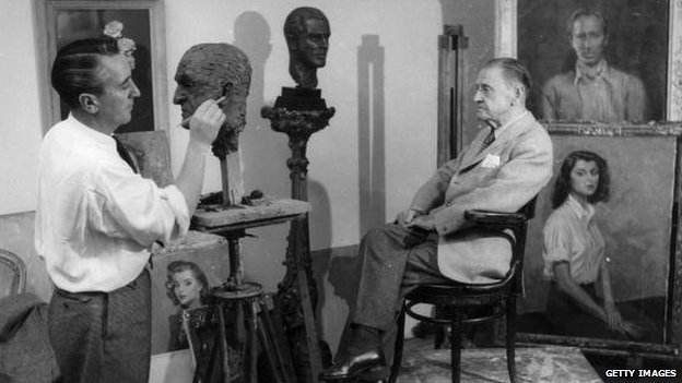 W. Somerset Maugham modelling for artist at the Dorchester Hotel in 1948