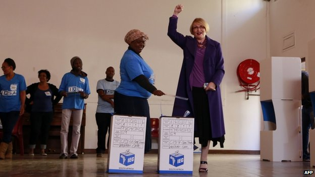 Helen Zille votes in Cape Town