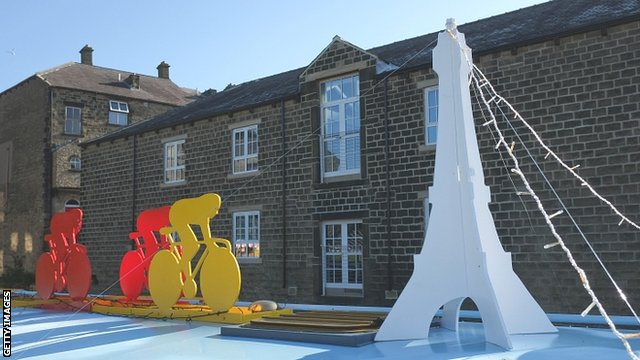 The people of Skipton in north Yorkshire are getting ready for the Tour de France Grand Depart by decorating their canal boats