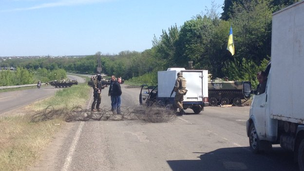 Checkpoint outside Sloviansk