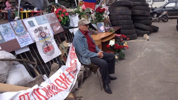 Shrine to a girl allegedly shot in Kramatorsk