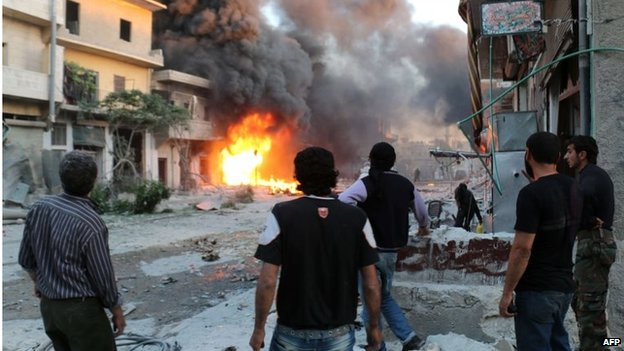 Scene of reported barrel-bomb attack in Aleppo (20/04/14)