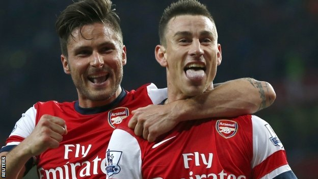 Laurent Koscielny (r) with Olivier Giroud