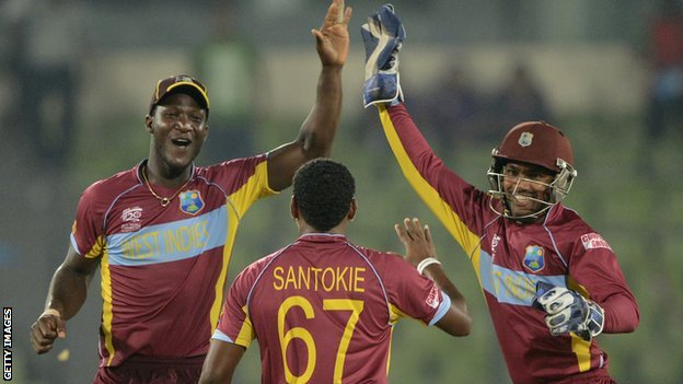 Darren Sammy and Denesh Ramdin
