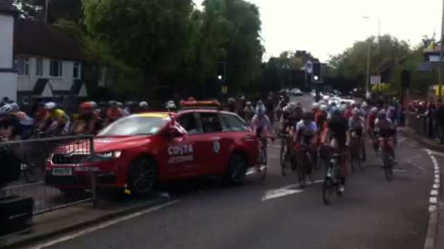 Tour of Britain: Dramatic car crash in Wormley