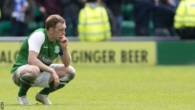 Liam Craig looks despondent after Hibernian's 1-0 defeat by Kilmarnock