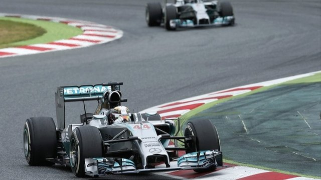 Mercedes' Lewis Hamilton wins his fourth race in a row in Spain