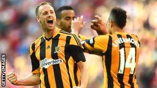 David Meyler celebrates after scoring in the FA Cup semi-final
