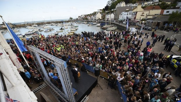 Crowd at St Aubin