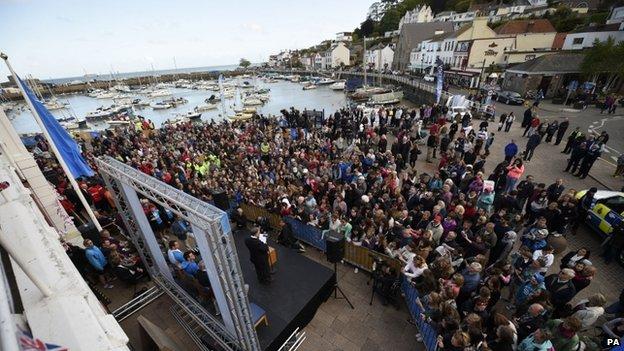 Crowd at St Aubin