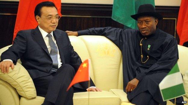 Nigerian President Goodluck Jonathan talks with Chinese Premier Li Keqiang in Abuja - 7 May 2014