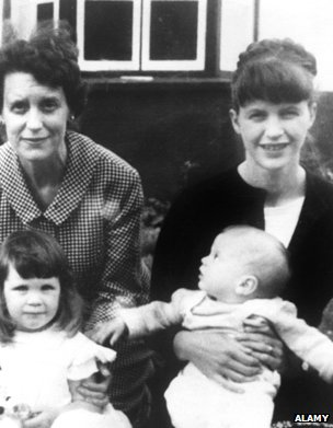 Sylvia Plath, her mother and children