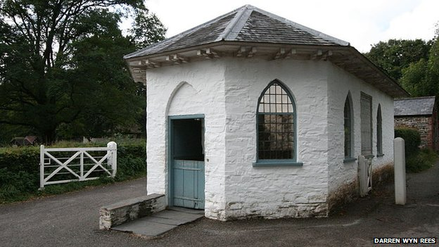 Aberystwyth Southgate tollhouse at St Fagans
