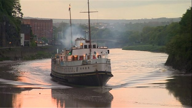 The Balmoral leaving Bristol harbour