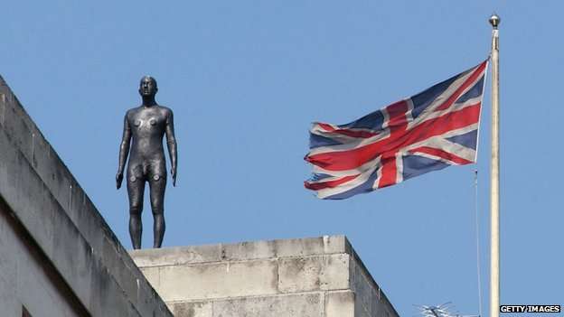 Antony Gormley sculpture in London, 2007
