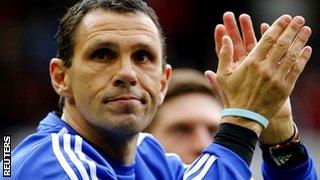 Sunderland coach Gus Poyet