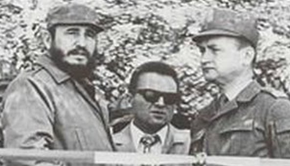Jaruzelski with Castro