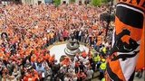 Thousands of Dundee United fans turned out to welcome their team home