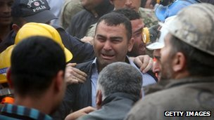 Distressed relative of coal miner in Soma (14 May 2014)