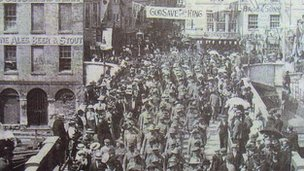 Anzacs marching in Weymouth