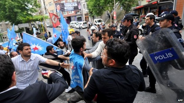 Protests in Istanbul - 14 May
