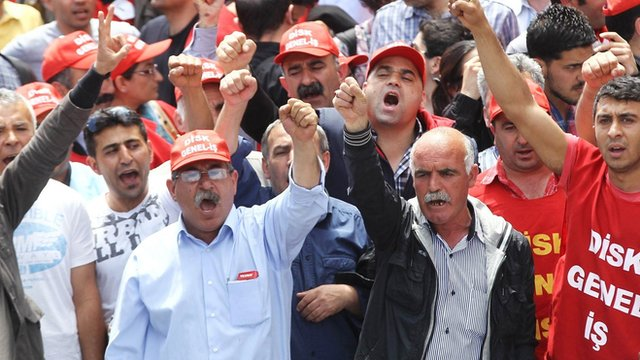 Turkish people protest against the government