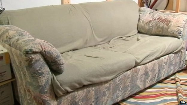 The couch where three NY friends found $40,000