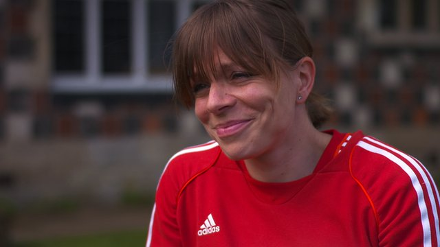 Great Britain and England Hockey captain Kate Richardson-Walsh tells BBC Sport's Gabby Logan that she will retire after the Commonwealth Games.