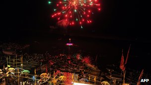 Fireworks at Dashasamedh Ghat (16 May 2014)