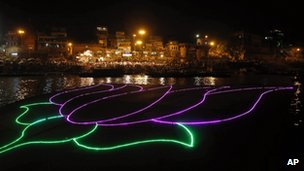 Lotus illumination on the River Ganges in Varanasi (16 May 2014)
