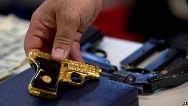 Golden gun seized by Argentine authorities