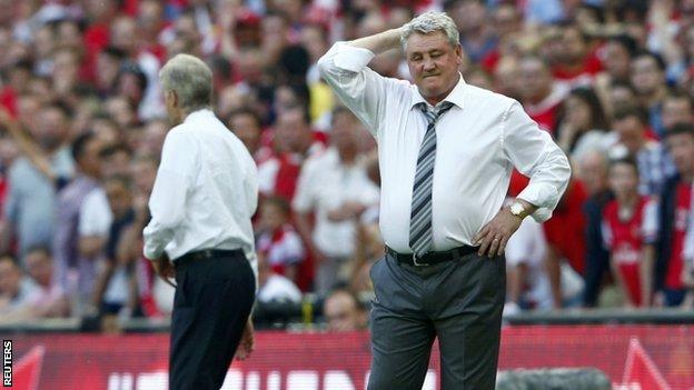 Hull City manager Steve Bruce & Arsenal manager Arsene Wenger