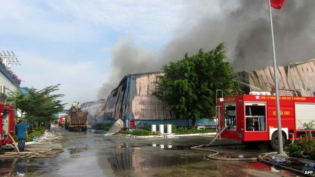 Taiwan-owned furniture factory torched in Binh Duong, 14 May
