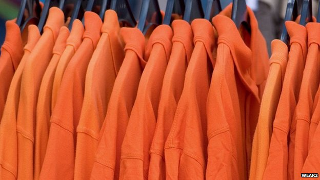 Orange tops in a row