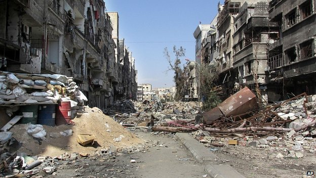 Ruined streets in Yarmouk. Feb 2014