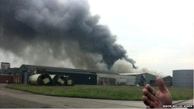 Fire at industrial unit, Saltney