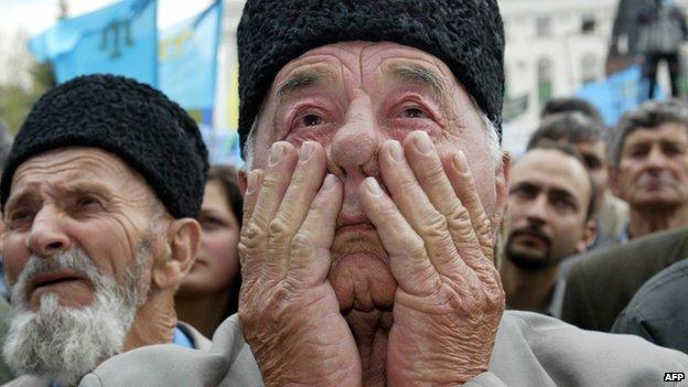 Crimean Tatars at a mass rally in Simferopol (18 May 2014)