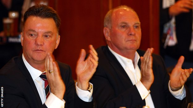 New Manchester United manager Louis van Gaal and ex-Bayern Munich president Uli Hoeness