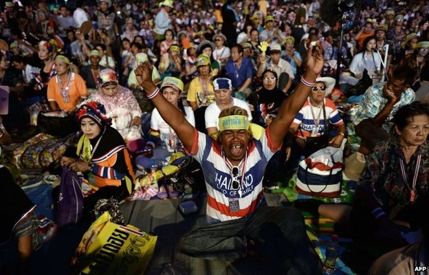PDRC protesters celebrate at their camp outside Government House in Bangkok, Thailand (22 May 2014)