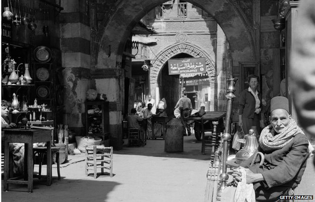 Black and white photo of a souk in Cairo, 1955