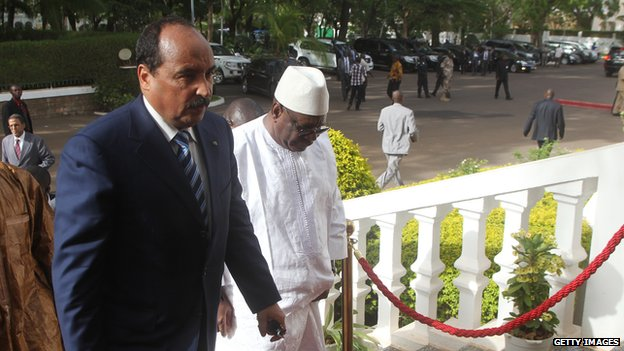 African Union chairman and Mauritania President Mohamed Ould Abdelaziz (left) with Mali President Ibrahim Boubacar Keita in Bamako on May 22, 2014